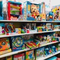 plusieurs jouets petits enfants